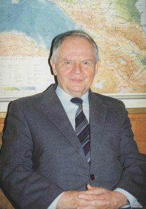 Жданов почетный член
